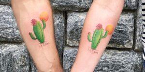 Cactus florecidos del amor por Mary Ellen Maryeink