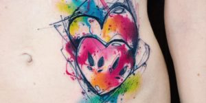 Corazones por Вика Kiwi Tattoo
