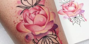 Flor rosa por Ksenia Vishnevskaya