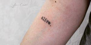 Frase: Alive por Yasmin Coiado