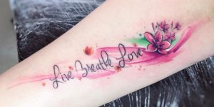 Frase: Live Breath Love por Adrian Bascur