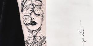 Mujer ojos de mariposa por Mònica Sampietro