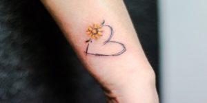 Corazón y flor girasol por Yasmin Coiado
