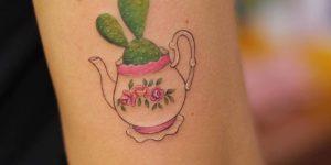 Cactus en tetera por Luciana Periard, Art Efeito
