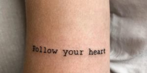 Frase: Follow your heart por Vlada Benson