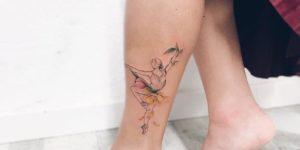 Bailarina entre flores por Luiza Oliveira