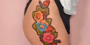 Flores estilo bordado por María Fernanda Ramírez