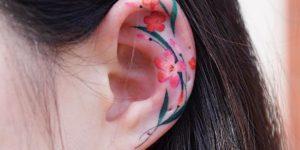 Pinceladas de flores por Zihee Tattoo